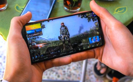 Make Money Playing Video Games with Your Phone
